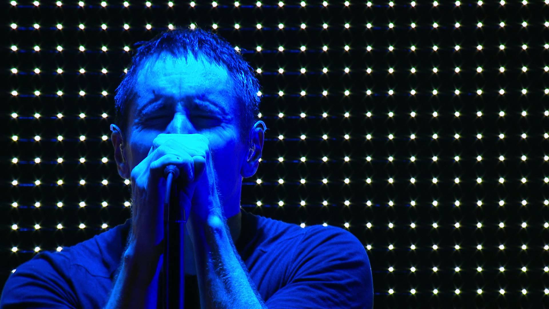 NINE INCH NAILS-VEVO TOUR PT1-2