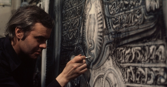 "H.R. Giger ""Alien Designer"" Dies at 74"