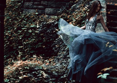 Fashion Editorial: Performing Wearable Art