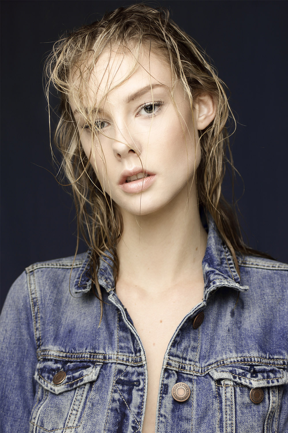 Solis Magazine Wet and angry hair by Simone Carinetti