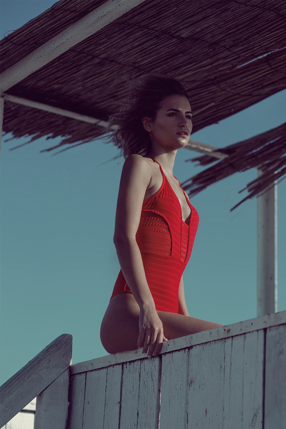 Solis Magazine Photography Showcase - Red and Sea9