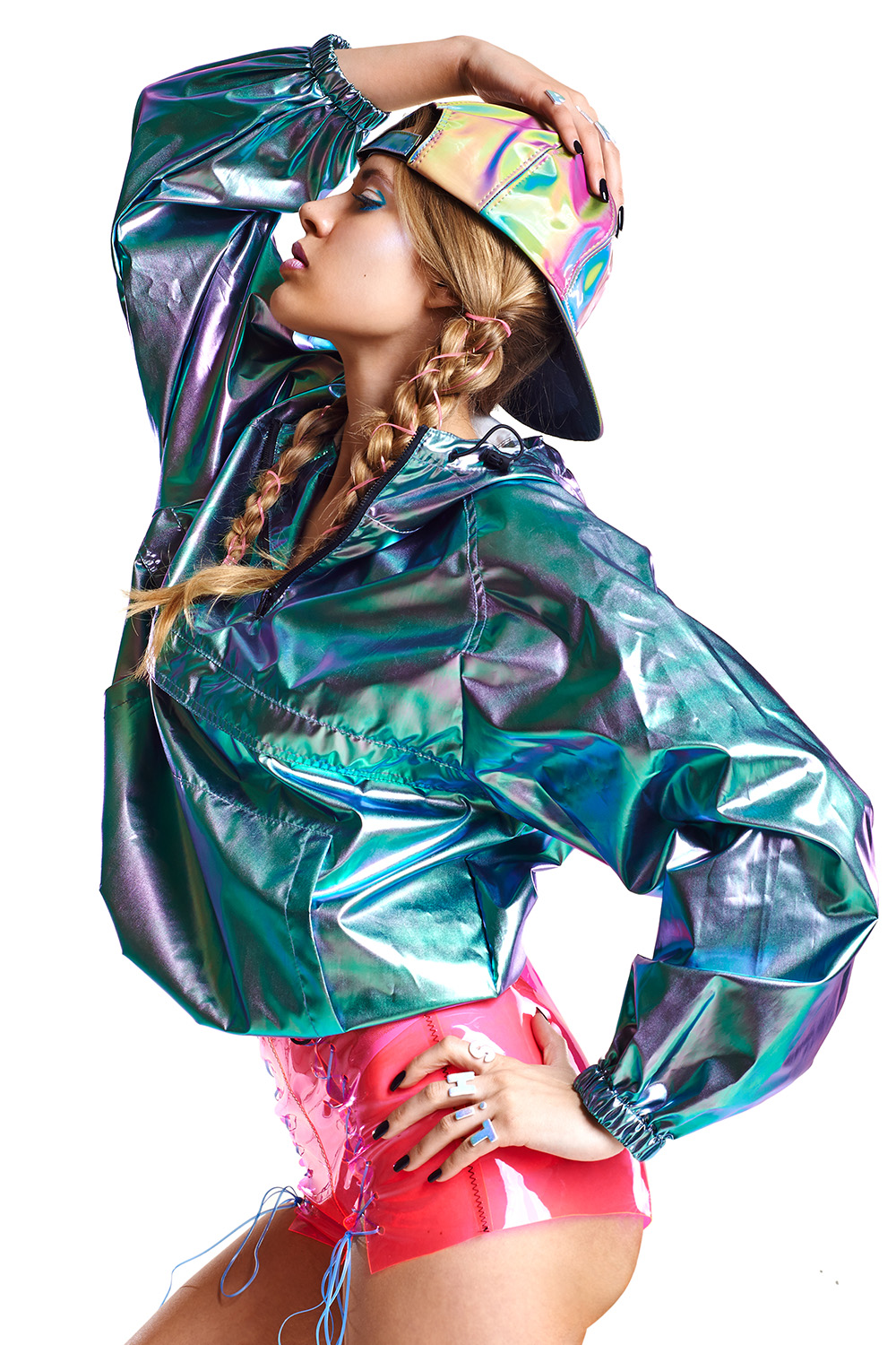 Fashion Editorial - Fantastic Plastic6