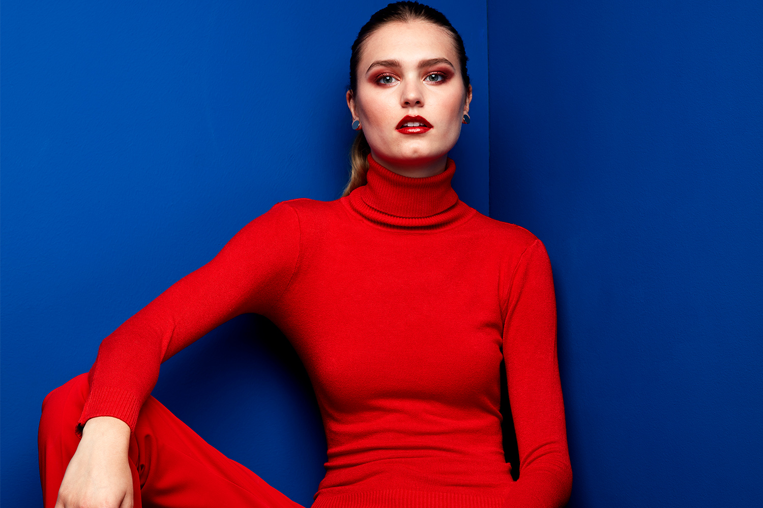 Solis Magazine Fashion Editorial – Blue White Red