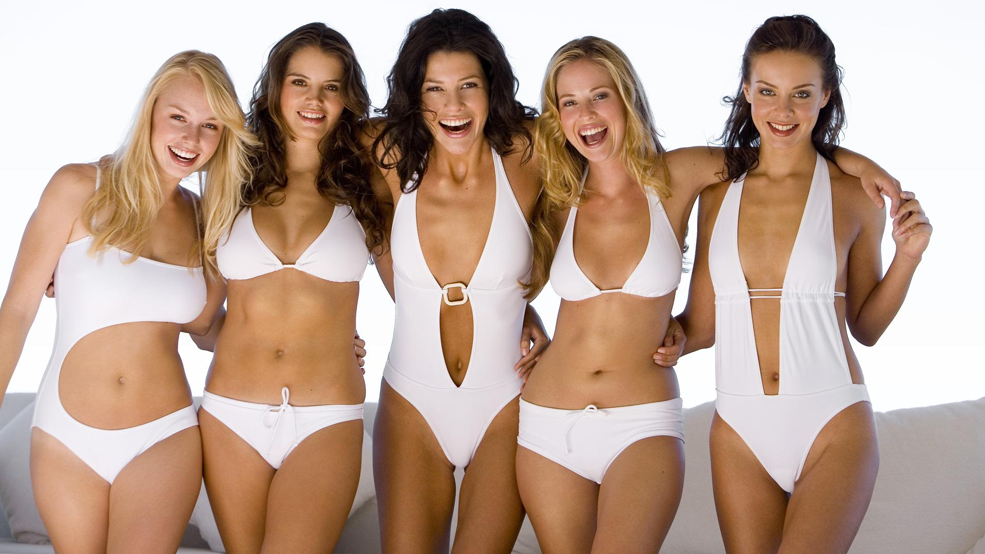 7 Shopping Tips For Buying A Perfect Swimsuit That Suits Your Body!