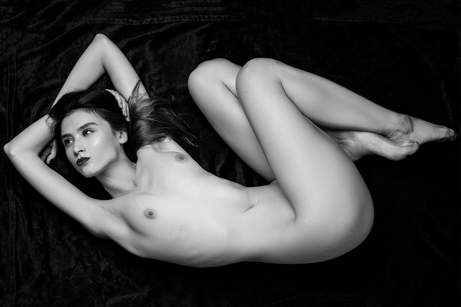 Solis Magazine Nude Showcase – Frenzy