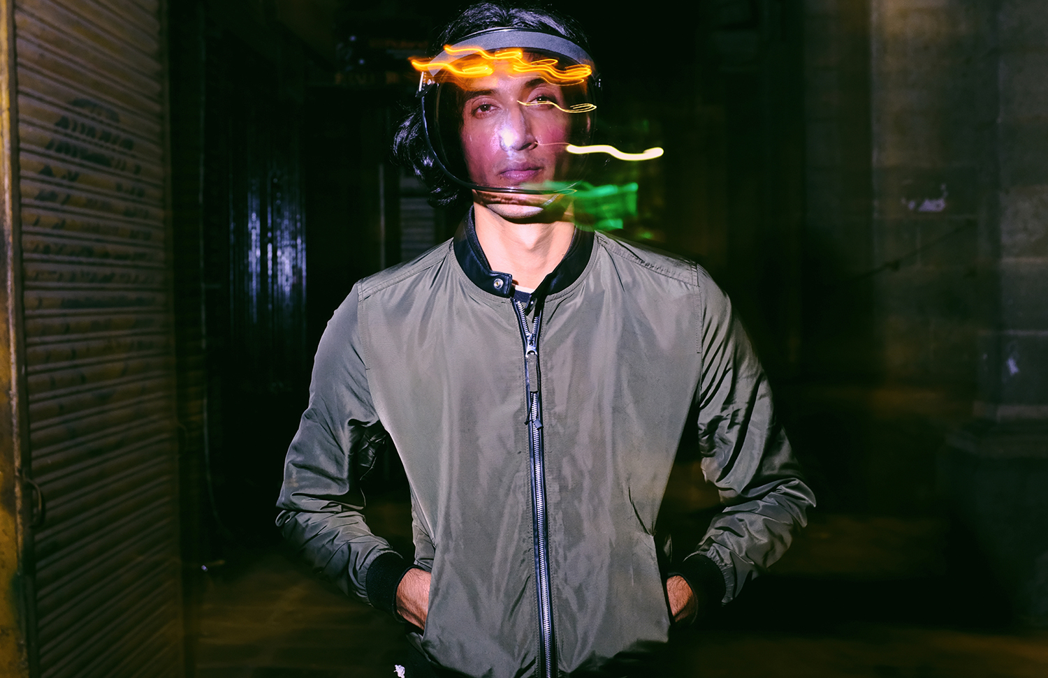 Solis Magazine Men's Editorial – In the city of blinded lights