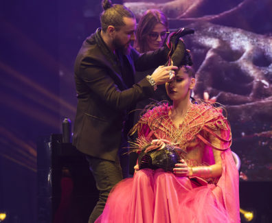 MIRAGE by Raphael Perrier and the hairdressing world champions f