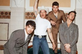 diplo-and-jonas-brothers-team-up-for-new-single-lonely-01-758×501