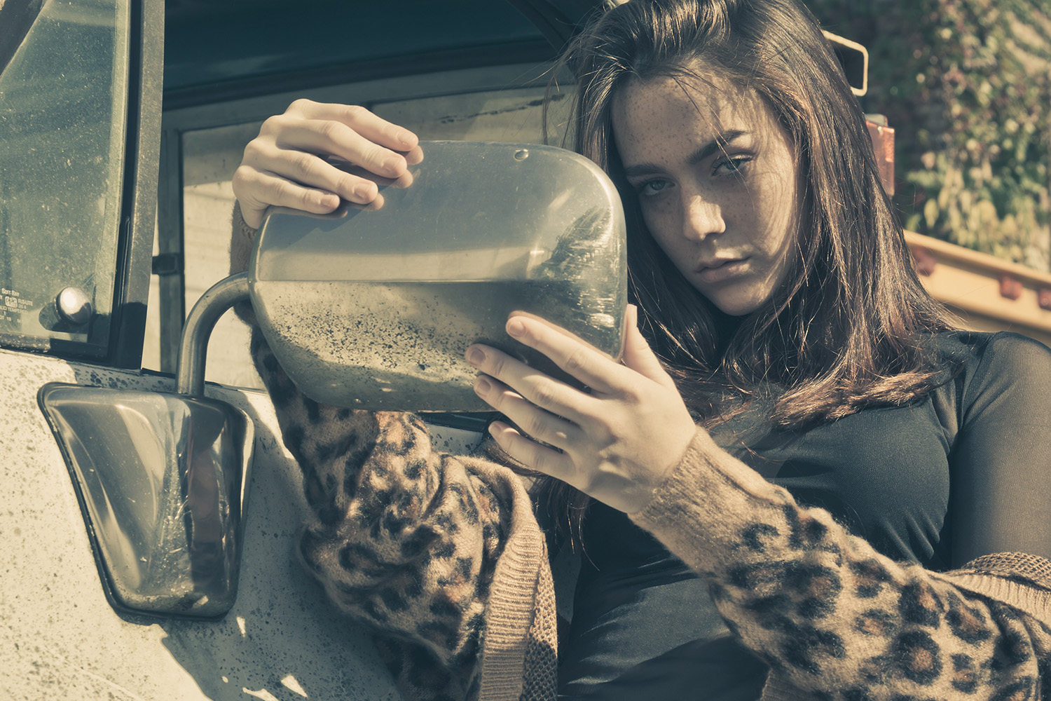 Fashion Editorial – Objects in the Mirror
