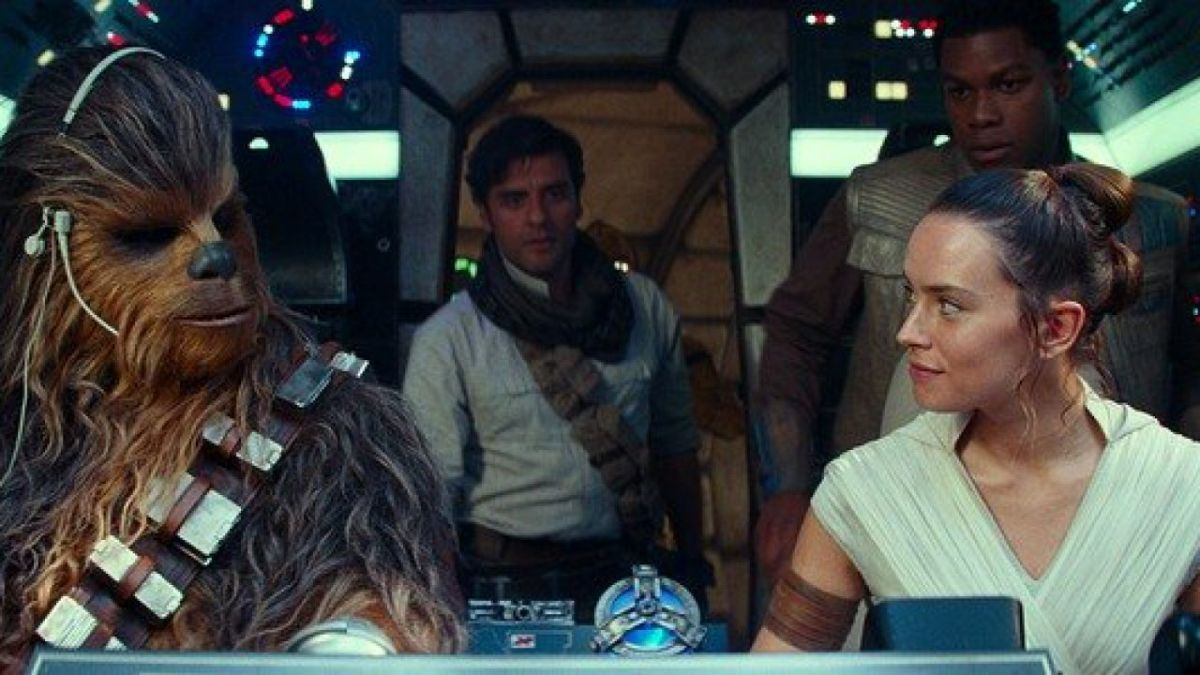 Star Wars: The Rise of Skywalker's Holiday Box Office Falls Behind The Last Jedi's
