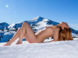 Nude in The Winter2