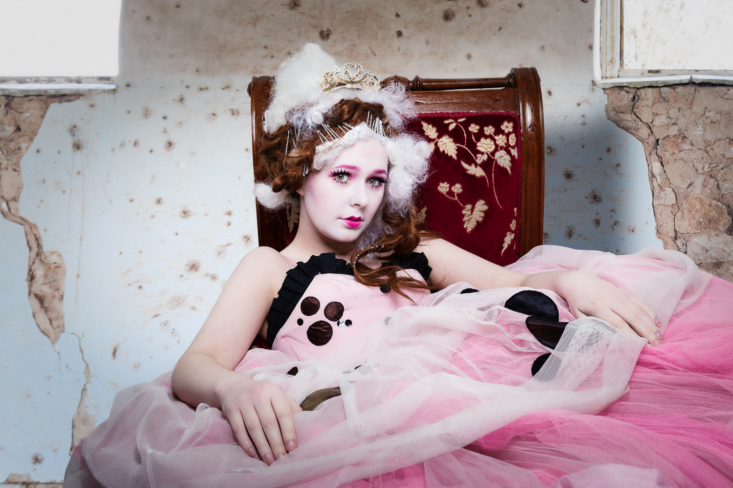 Fashion Editorial: DOLL FACE