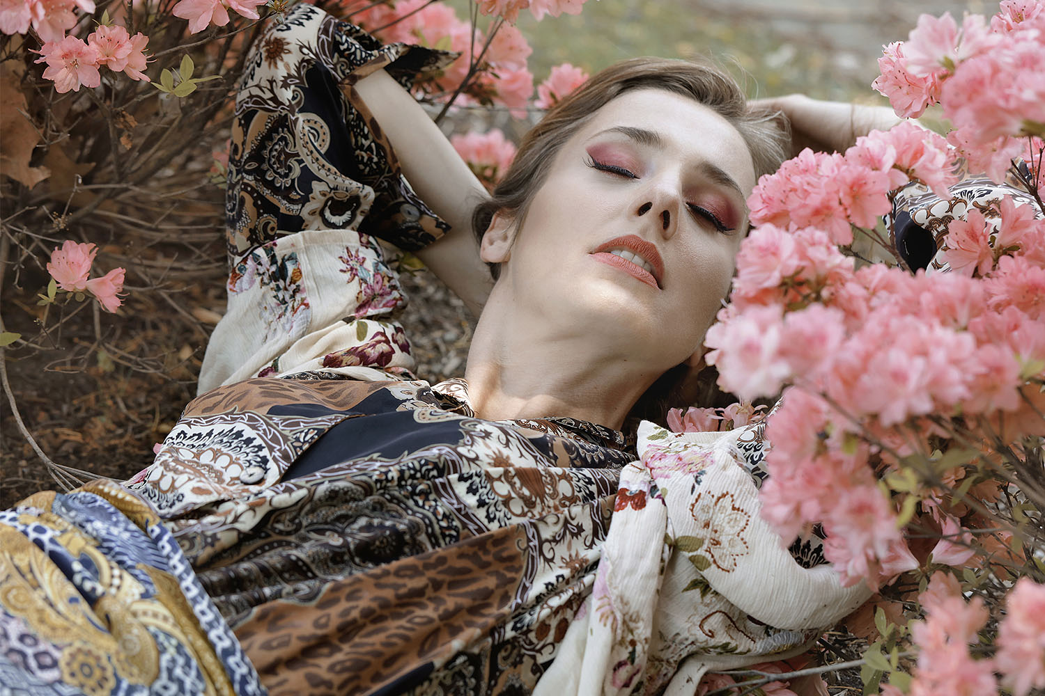Solis Magazine Fashion Editorial – Dreaming of Color