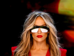 """Jennifer Lopez – Limitless from the Movie """"Second Act"""" (Official Video)"""